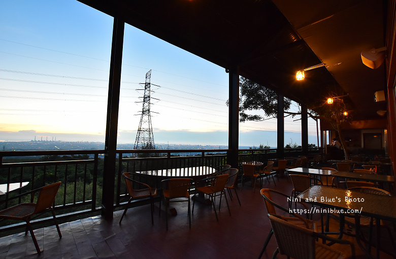 台中沙鹿夜景餐廳岳咖啡台灣大道05