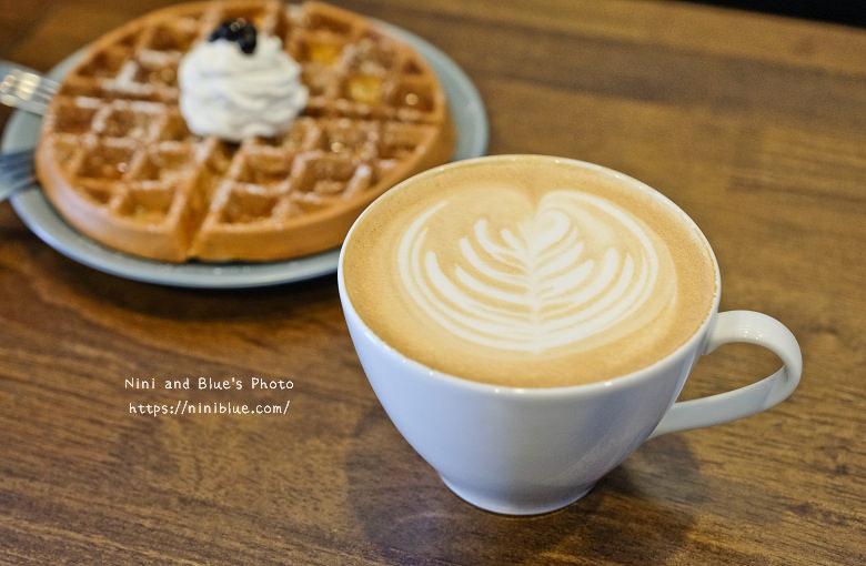 台中東區東方思維人文台式咖啡館珍珠鬆餅14