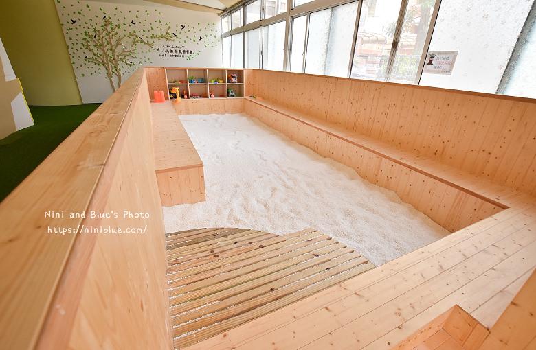 小鳥築巢親善親子餐廳球池沙坑07