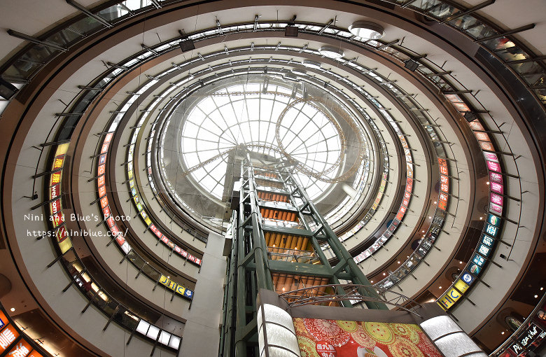 香港西九龍中心逛街商場06