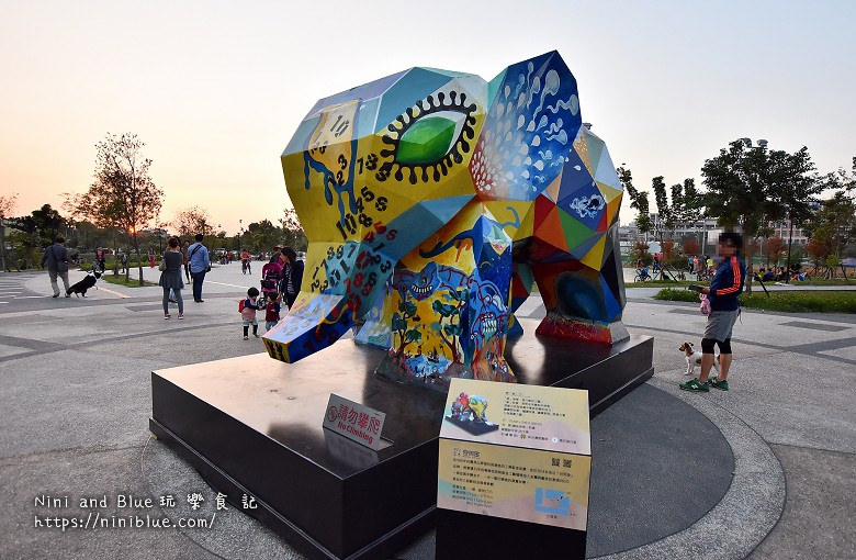 台中軟體園區 Dali Art藝術廣場.台中景點03