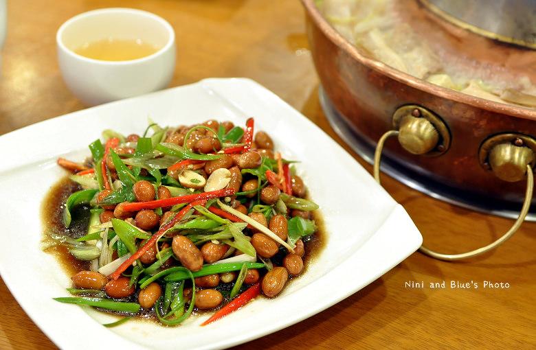 徠圍爐台中酸菜白肉鍋16