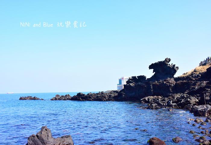 韓國濟州龍淵龍頭岩13.jpg