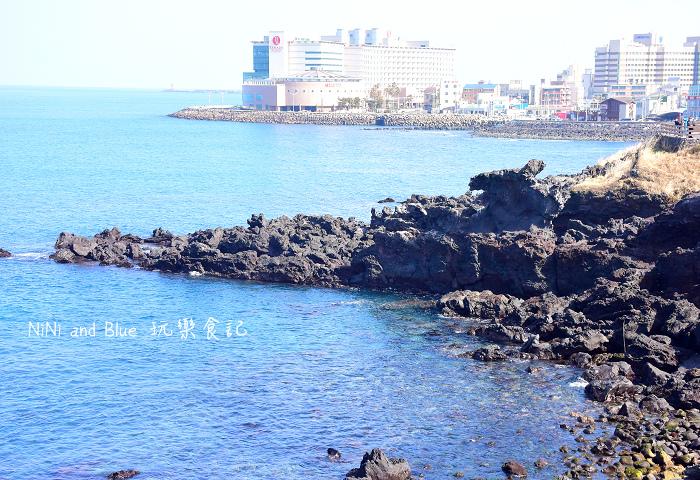 韓國濟州龍淵龍頭岩15.jpg