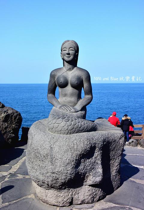 韓國濟州龍淵龍頭岩16.jpg