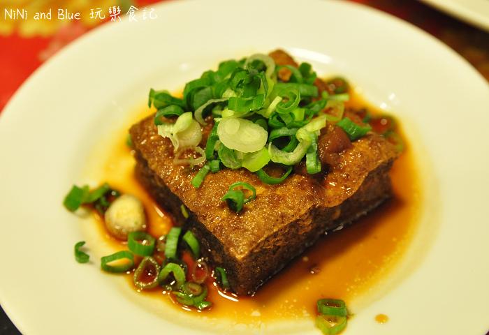 苗栗富鼎旺豬腳中華夜市09.jpg