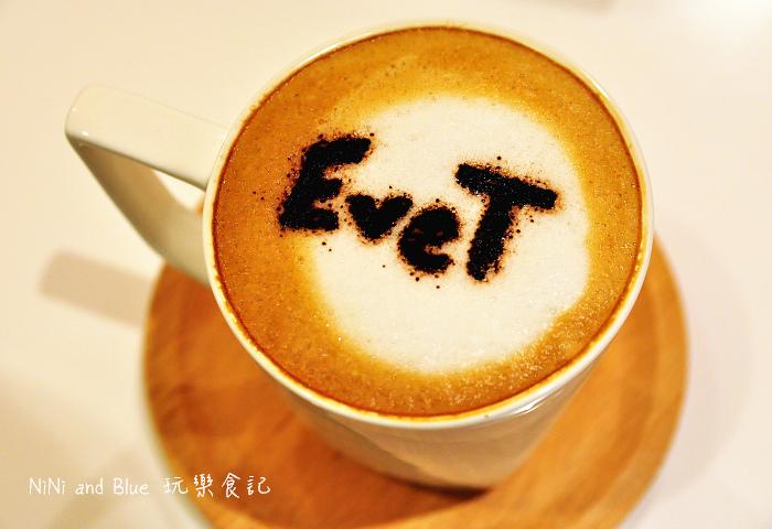 Eve&T冰淇淋鬆餅新光三越甜點店17.jpg