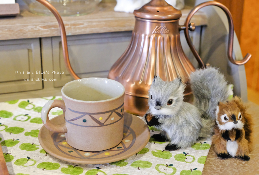1504620908 d21a6f7b6344226587e3eef241a9420b - 日式小院子中的動物森林、多肉、玫瑰咖啡,小毛日子雜貨咖啡